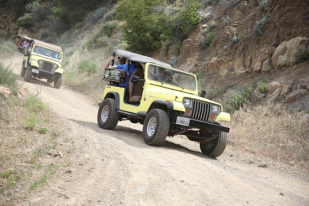 Group-Jeep-Tour-Trail-Ride-California